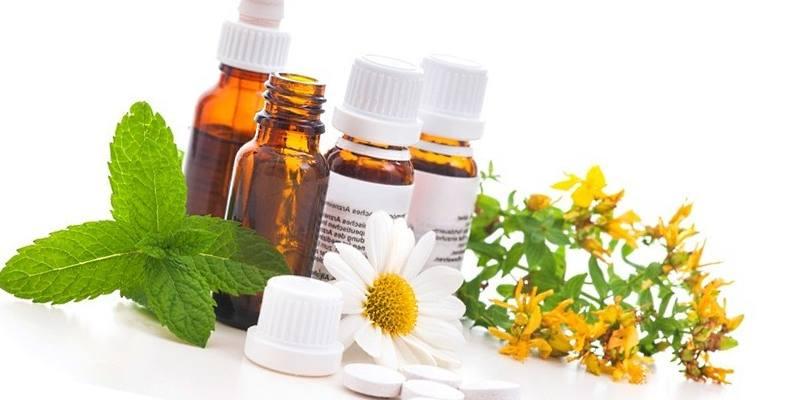 Лекарства, состоящие только из растительных компонентов, относятся к группе наиболее безопасных.