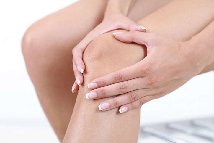 Эффективные способы устранения боли в коленях после родов