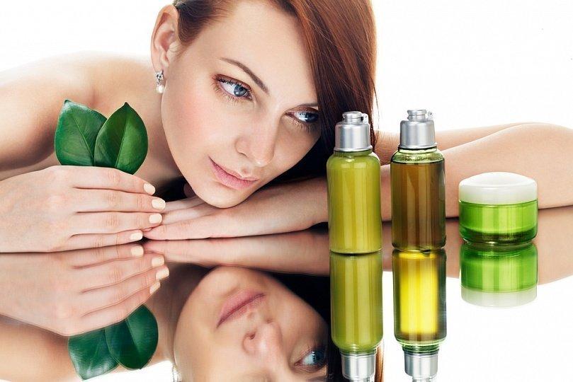 Эфирные масла для роста и густоты волос: что выбрать и как применять
