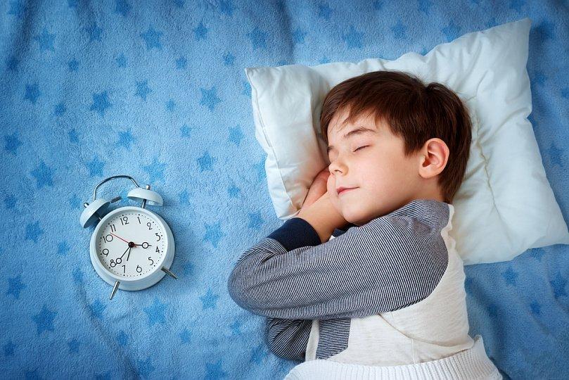 У младенцев чаще всего встречаются дефекты засыпания и прерывистый ночной сон.