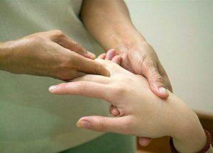 Комплексы упражнений лечебной гимнастики при ревматоидном артрите