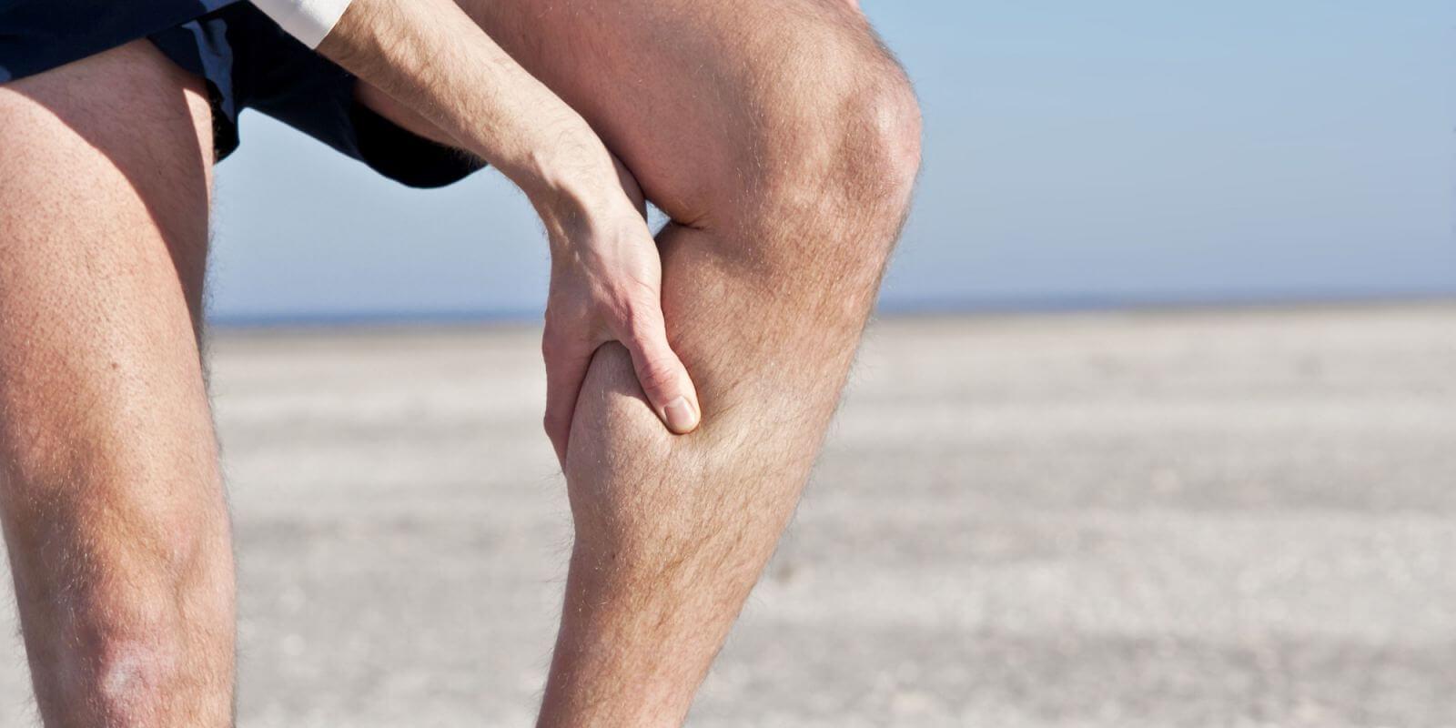 Мышцы на ногах могут дергаться по разным причинам