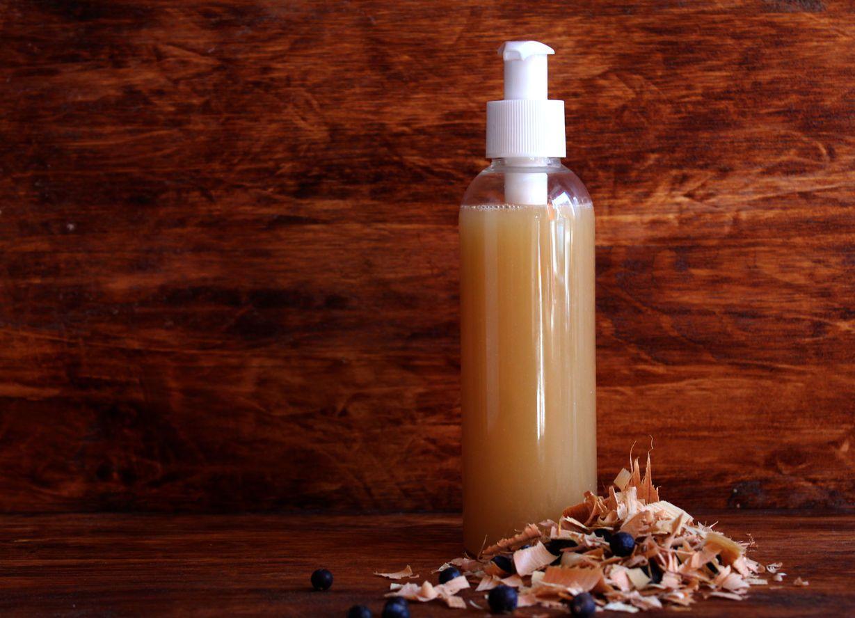 Какие лечебные шампуни от выпадения волосвыбрать в аптеке