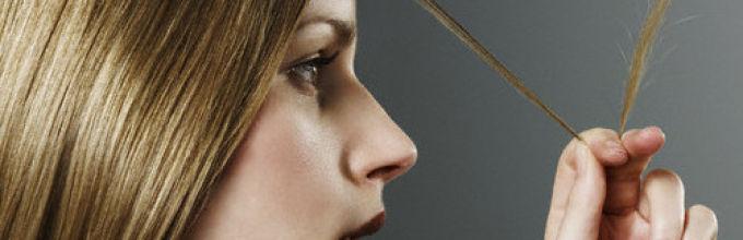 Что делать при выпадении и ломкости волос