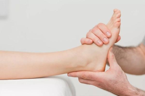 Как определить контрактуру голеностопного сустава и избавиться от нее