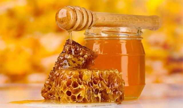 Подходит только тем пациентам, у которых нет аллергии на продукты пчеловодства.